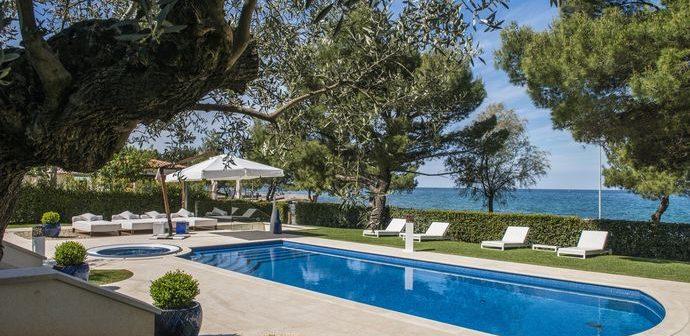 Neues Istrien-Urlaubsfeeling in Design-Villen
